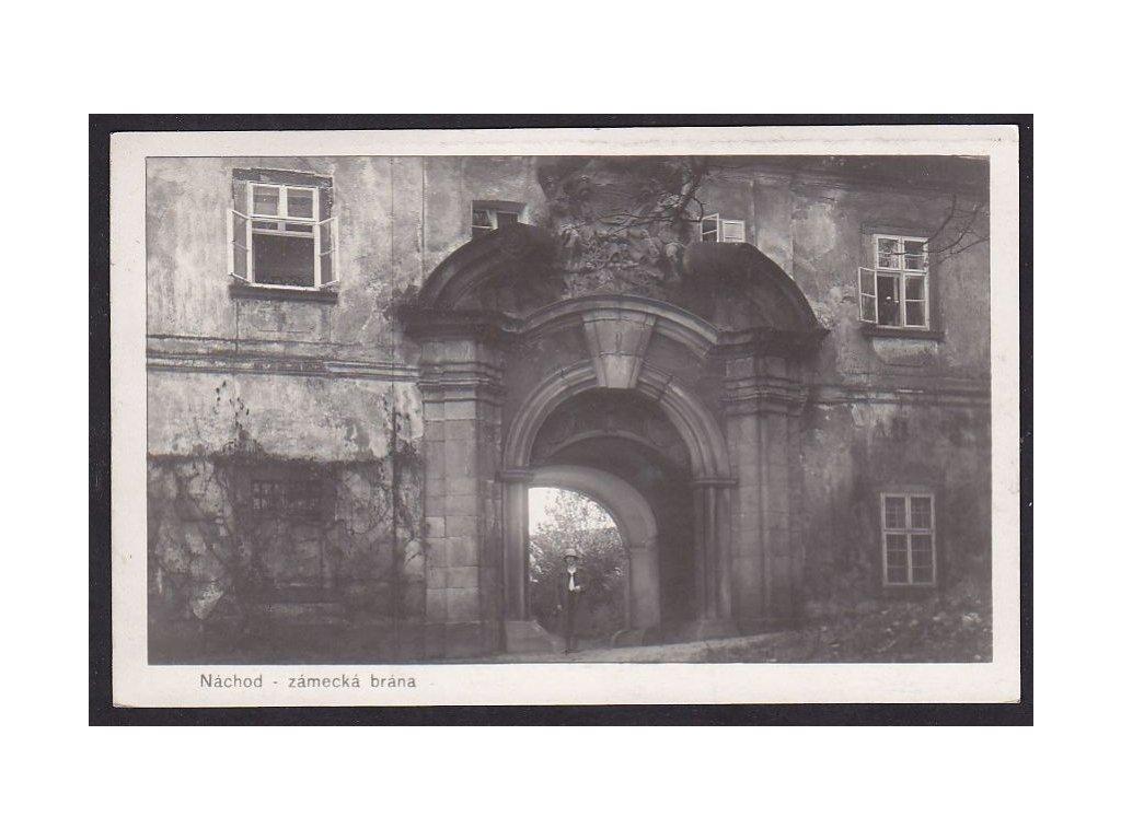 38- Náchod, Zámecká brána,foto Trifod Sadská, ca 1934