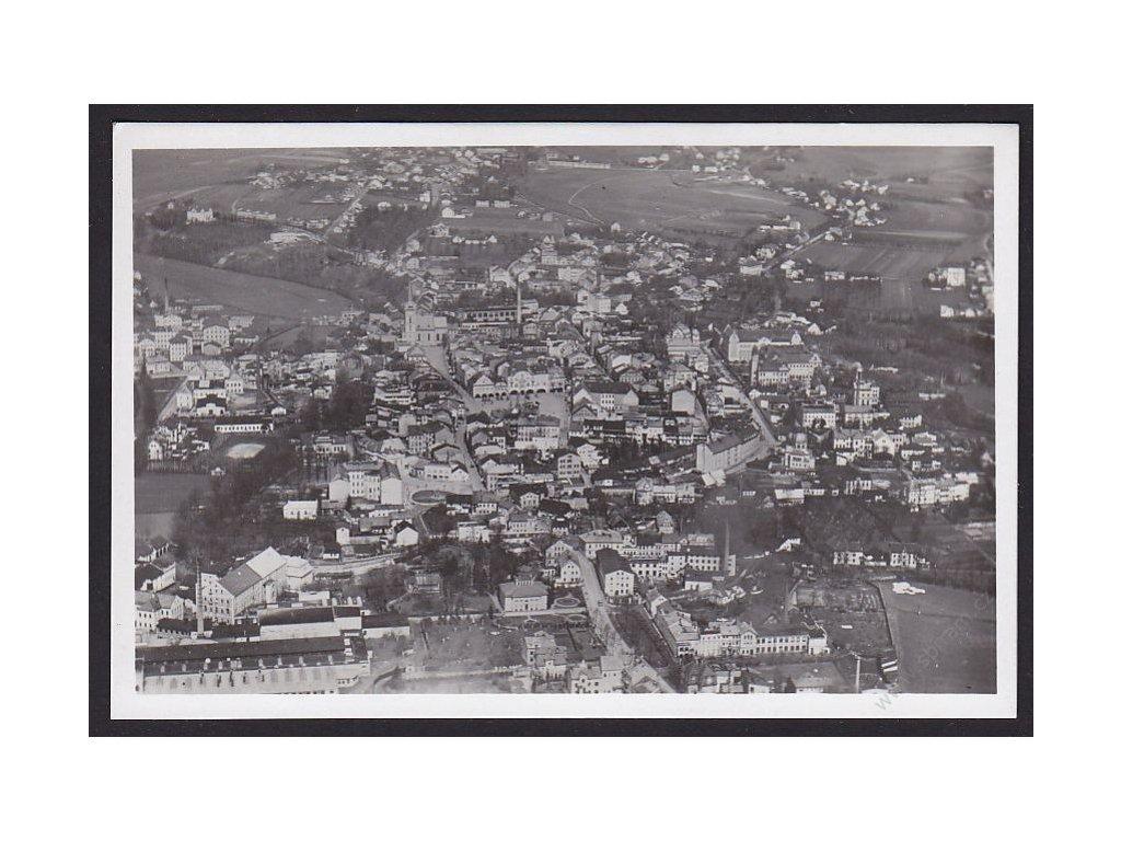 66 - Trutnovsko, Dvůr Králové nad Labem, pohled s letadla, cca 1940