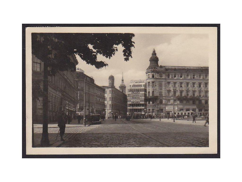 04- Brno, Dům služby (OD Centrum), Malinovského nám, ca 1945