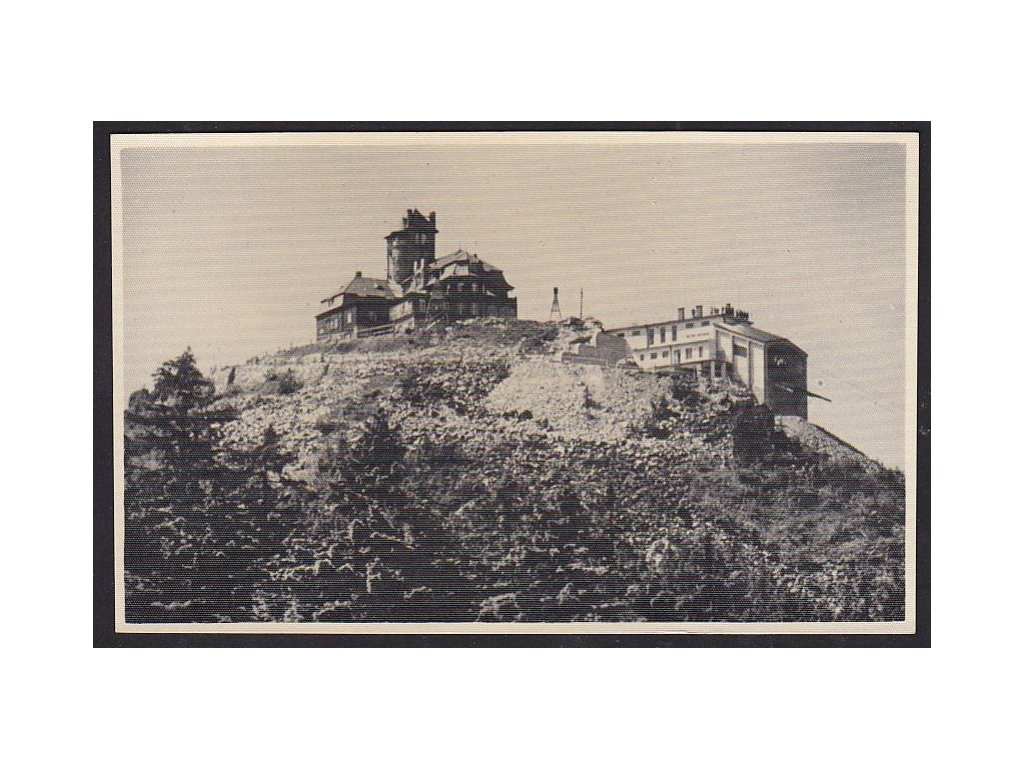 32- Liberecko, chata a lanovka na Ještědu, ca 1935