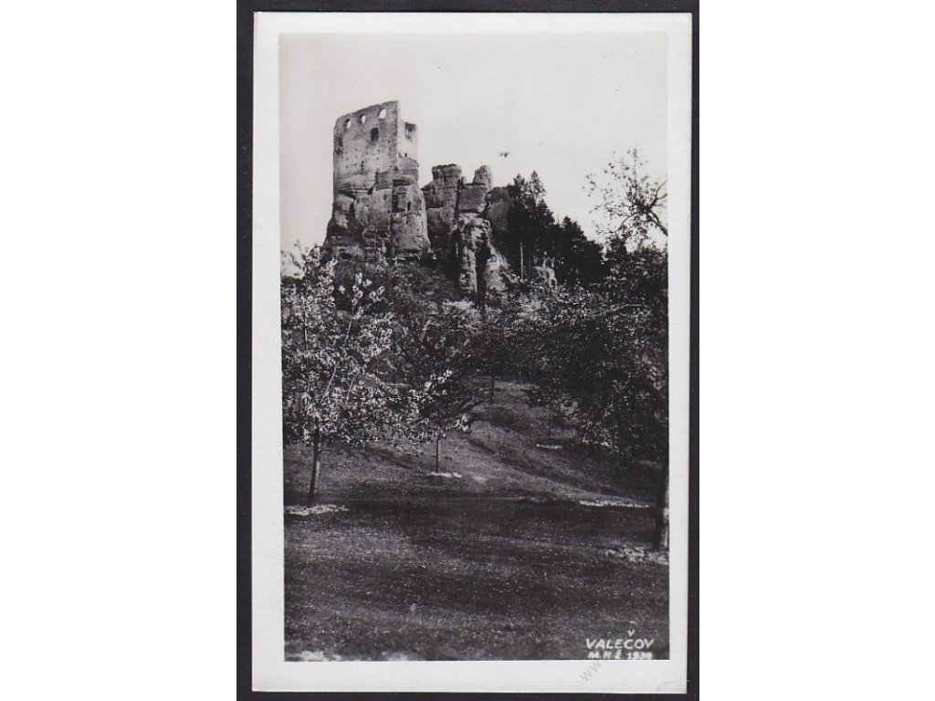 36 - Mladoboleslavsko, hrad Valečov u Mnichova Hradiště, cca 1943