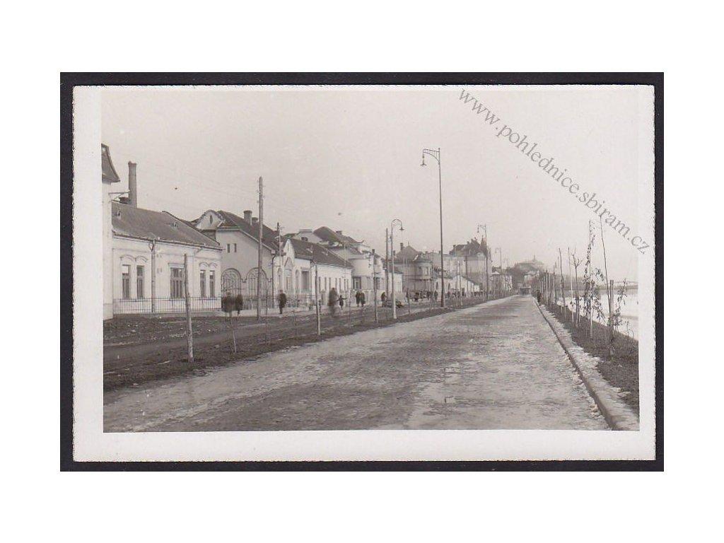 28- Klatovy, blíže neurčeno, nábřeží, ca 1930