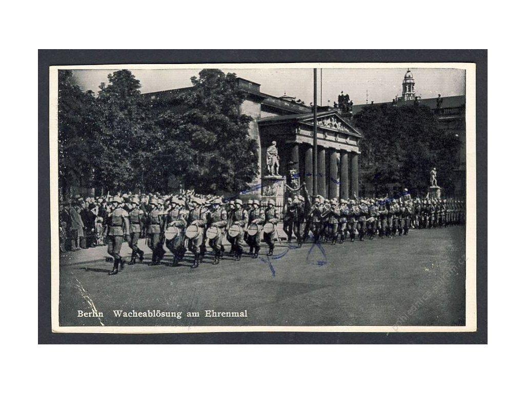 Deutschland, Berlin, Wacheablösug, cca 1940