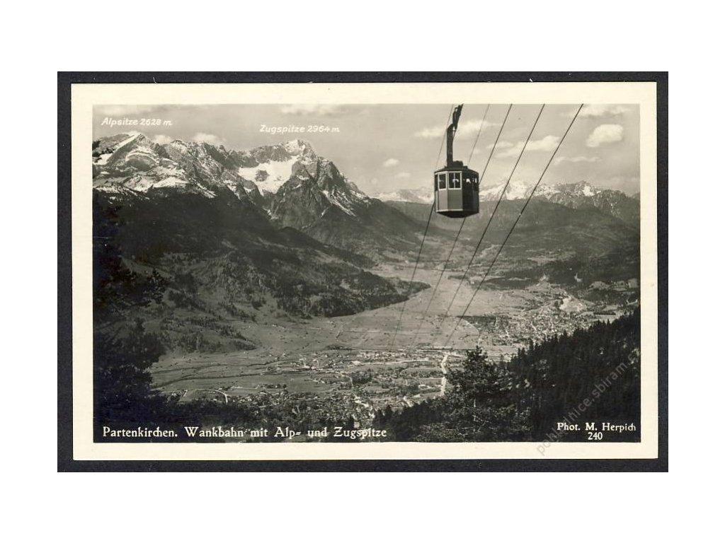 Deutschland, Partenkirchen, Wankbahn mit Alp- und Zugspitze, cca 1930