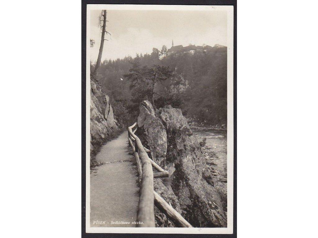 46 - Písecko, Sedláčkova cesta, kostelík sv. Anny, nakl. Dunovský, cca 1934