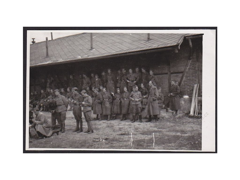 Vojenské skupinové foto, cca 1935
