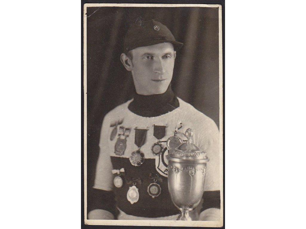 Automobilový závodník (?), cca 1920
