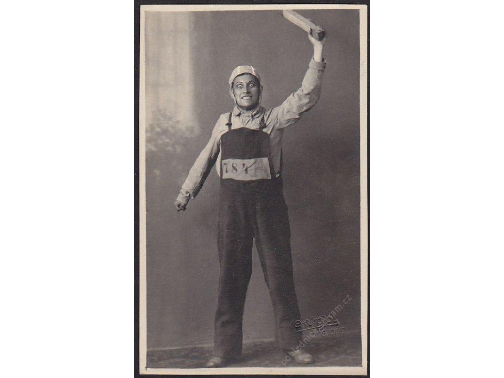 Ateliérové foto, Vězeň 784 A, cca 1921