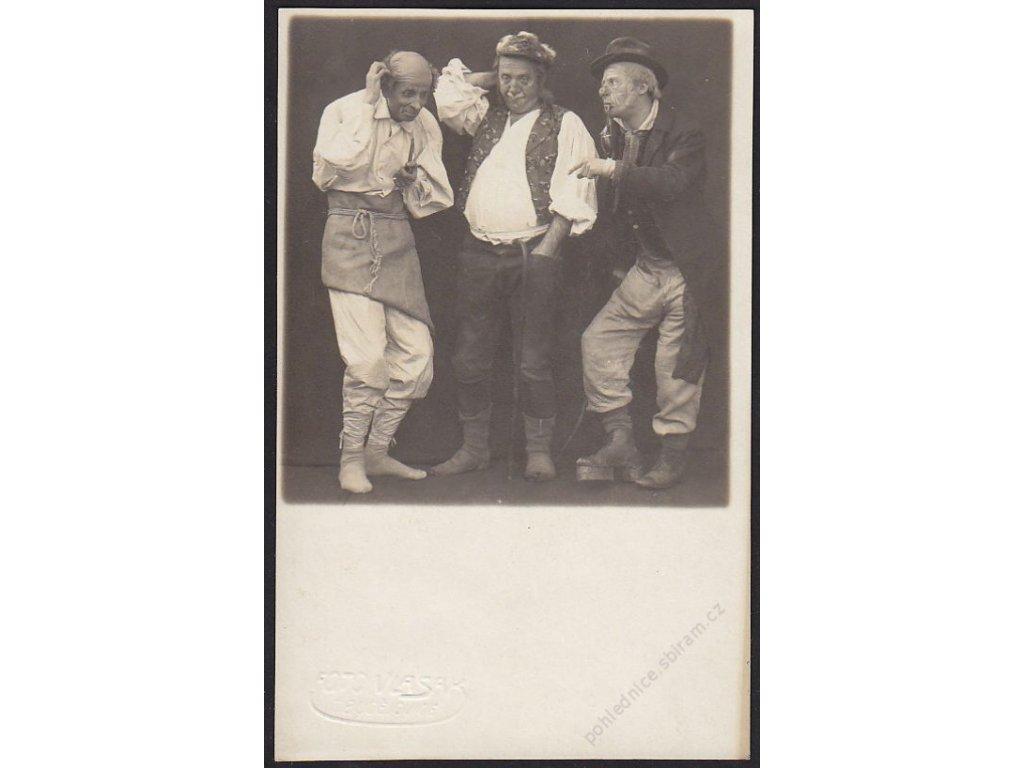 Ateliérové foto, Ochotníci, Vlasák, České Budějovice, cca 1920