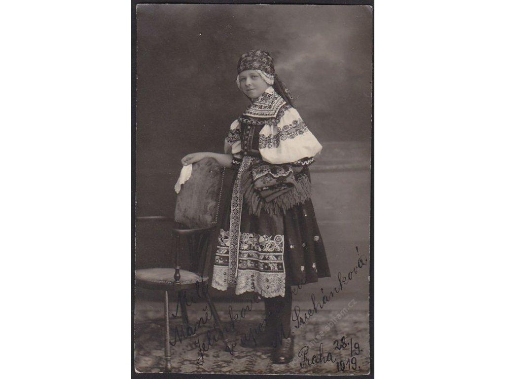 Moravský kroj, cca 1919