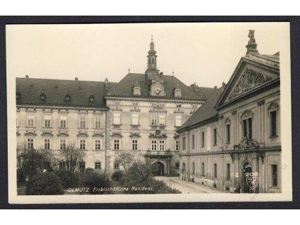 41 - Olomouc, (Olmütz), sídlo arcibiskupa (Erzbischöfliche residenz), foto Fon, cca 1929