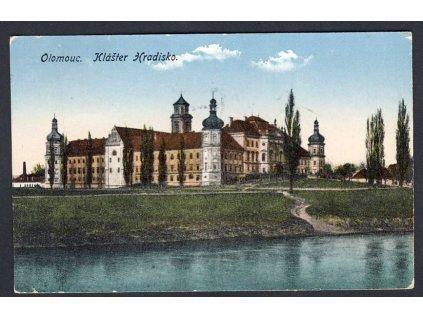 41 - Olomouc, klášter Hradisko, cca 1918