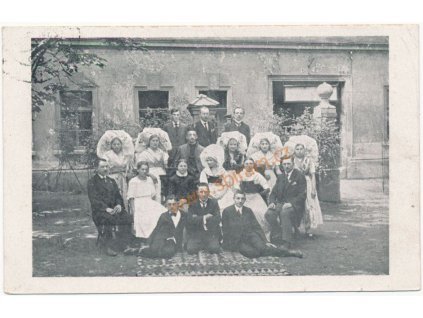 49 - Praha, Lužičtí Srbové na VII. všesokolském sletu v Praze, cca 1926