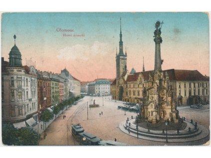 41 - Olomouc, oživené Horní náměstí, cca 1917