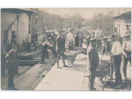 40 - Nymbursko, Poděbrady, práce na hydroelektrárně fy J. Saphore,1920