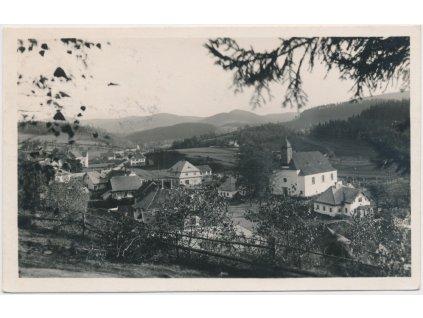 71 - Vsetínsko, Horní Bečva, pohled na obec, Grafo Čuda, cca 1936