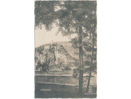69 - Ústecko, Střekov, partie z břehu Labe s výhledem na hrad, cca 1911