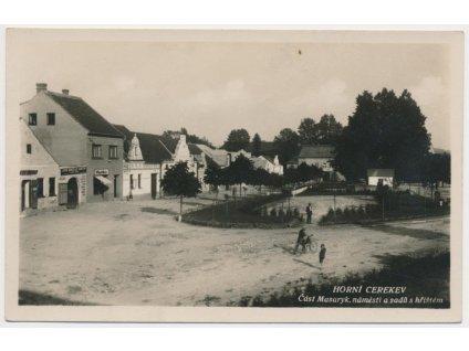 45 - Pelhřimovsko, Horní Cerekev, oživená část Masarykova nám., 1932