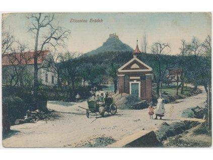 33-Litoměřicko, Děkovka, oživená partie z obce, zřícenina Hrádek, 1920