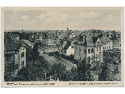 42 - Opava, Kopečná ulice s novou vilovou čtvrtí, cca 1935