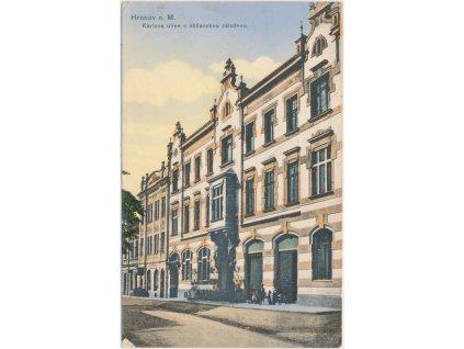 38 - Náchodsko, Hronov, oživená Karlova ulice s občanskou záložnou, 1923