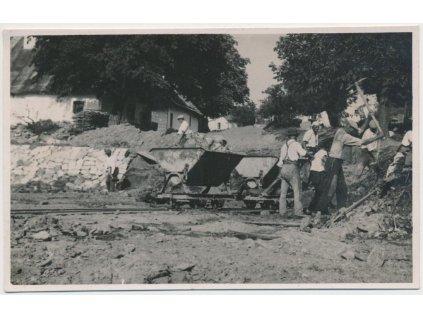 70-Orlickoústecko, Vysoké Mýto, oživená partie ze stavby plovárny,1932