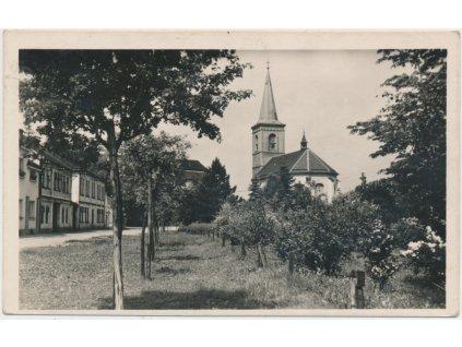 53 - Přerovsko, Hustopeče nad Bečvou, partie z náměstí, cca 1936