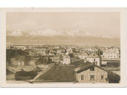 Slovensko, Poprad, pohled na město, v pozadí Vysoké Tatry, cca 1935