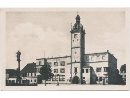 18 - Hodonínsko, Kyjov, partie před radnicí, cca 1940