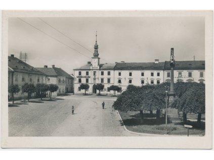 62 - Šumpersko, Loštice, oživené náměstí, Nakl. F.Fencl,Fototypia Vyškov