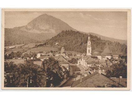 11 - Českolipsko, Nový Bor, pohled na město, v pozadí hora Klíč, 1929