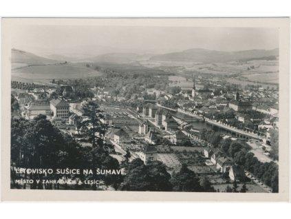 28 - Klatovsko, Sušice, celkový pohled na město, nákl. J. Pospíchal, cca 1936