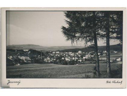 58 - Semilsko, Jesenný, celkový pohled na obec, foto Otahal, cca 1941