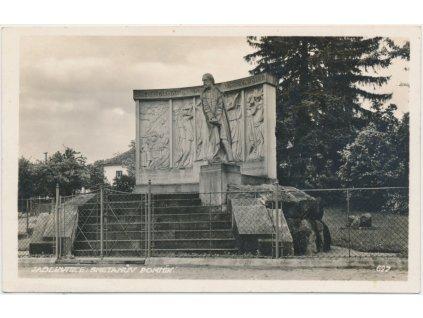 36 - Mladoboleslavsko, Jablkynice - Jabkenice, Smetanův pomník