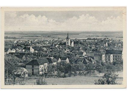 22 - Jičínsko, Hořice, celkový pohled na město, cca 1942