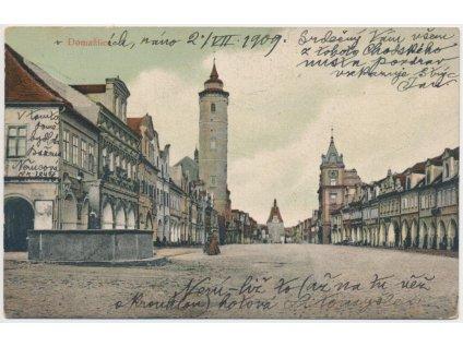 15 - Domažlice, partie z náměstí s domem, kde bydlela B. Němcová, 1909
