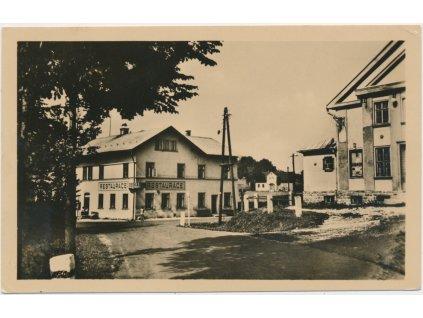 """20 - Jablonecko, Příchovice, restaurace """"Česká Beseda, cca 1948"""