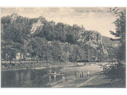 20 - Jablonecko, Malá Skála, oživená partie u řeky pod Pantheonem,1924