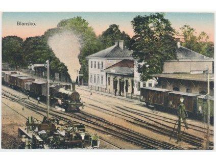 03 - Blansko, železniční stanice, nákladní vlaky, cca 1916