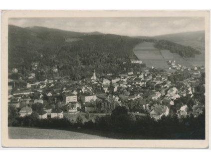 21 - Jeseník, celkový pohled na město, cca 1954