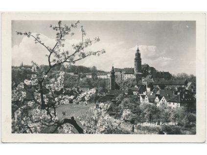 13 - Český Krumlov, pohled na centrum města, cca 1945