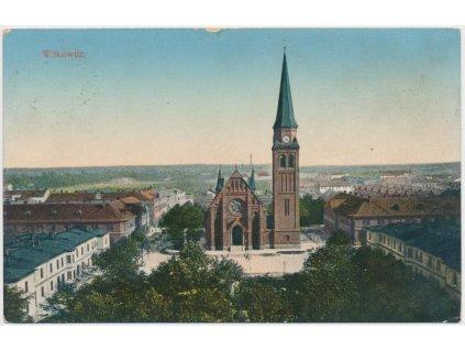 43 - Ostravsko, Vítkovice, pohled na část města s kostelem, cca 1908
