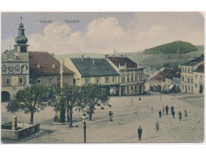60 - Strakonicko, Volyně, oživené náměstí, Nakl. J. Müller, cca 1910