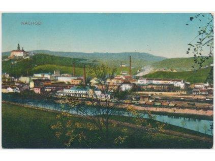 38 - Náchod, pohled na centrum města s továrnama, cca 1914