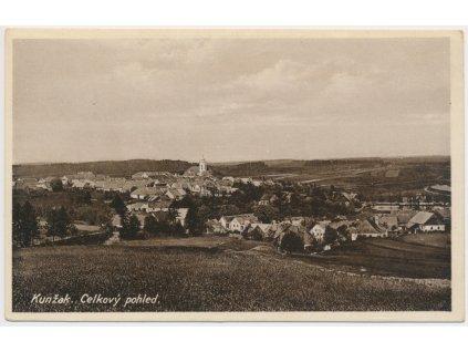 24 - Jindřichohradecko, Kunžak, celkový pohled na obec, cca 1936