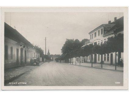 24 - Jindřichohradecko, Nový Etynk - Nová Včelnice, oživená ulice,1932