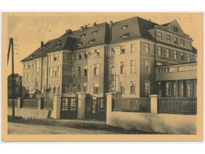 26 - Karvinsko, Bohumín, Jubilejní veřejná nemocnice, cca 1934