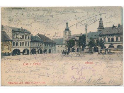 70 - Ústí nad Orlicí, oživené náměstí, Nakl. A. Bibus, cca 1907