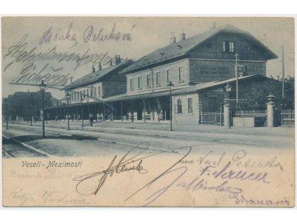 64 - Táborsko, Veselí - Mezimostí, partie z vlakového nádraží, ca 1906