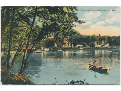 11 - Českolipsko, Doksy, oživená partie s loďkou na rybníku, cca 1911